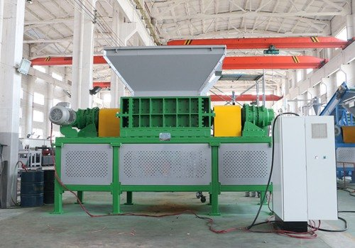 Tire shredder in scrap tire recycling plant