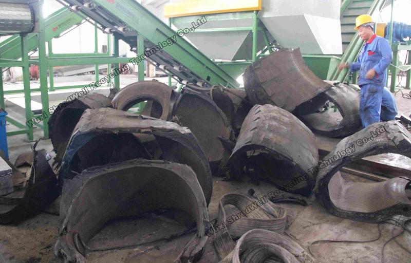 OTR tire cutter